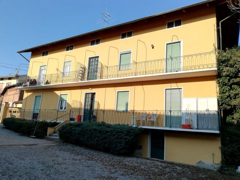 Appartamento su due piani in vendita in via Trieste s.n.c., Benna
