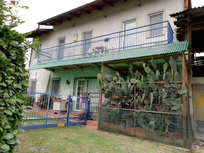 Casa / Villetta a schiera in vendita in frazione Bozzo s.n.c., Castelletto Cervo
